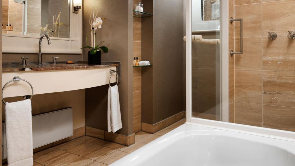 Hyatt-Regency-Cologne-King-Room-Bathroom-1280x720