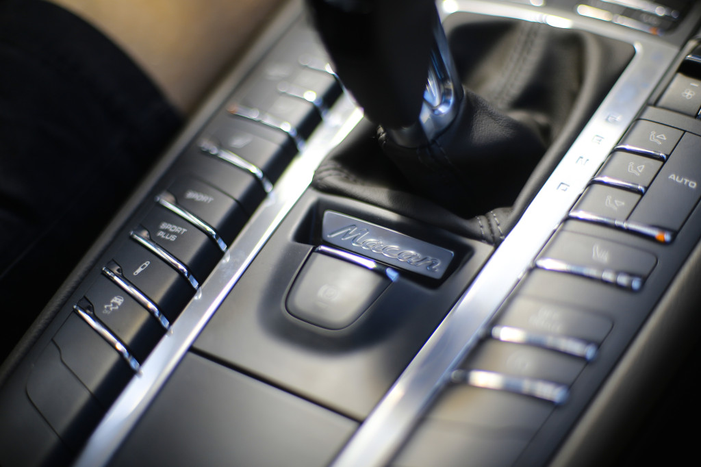 FYLE-Porsche-Macan-5430