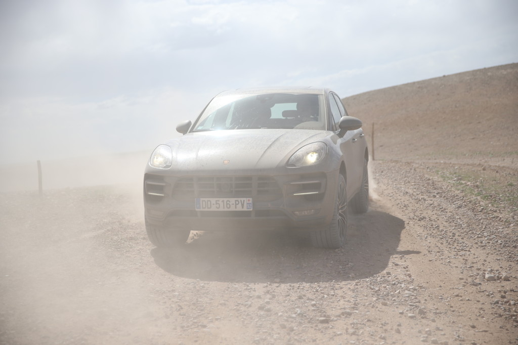 FYLE-Porsche-Macan-5549