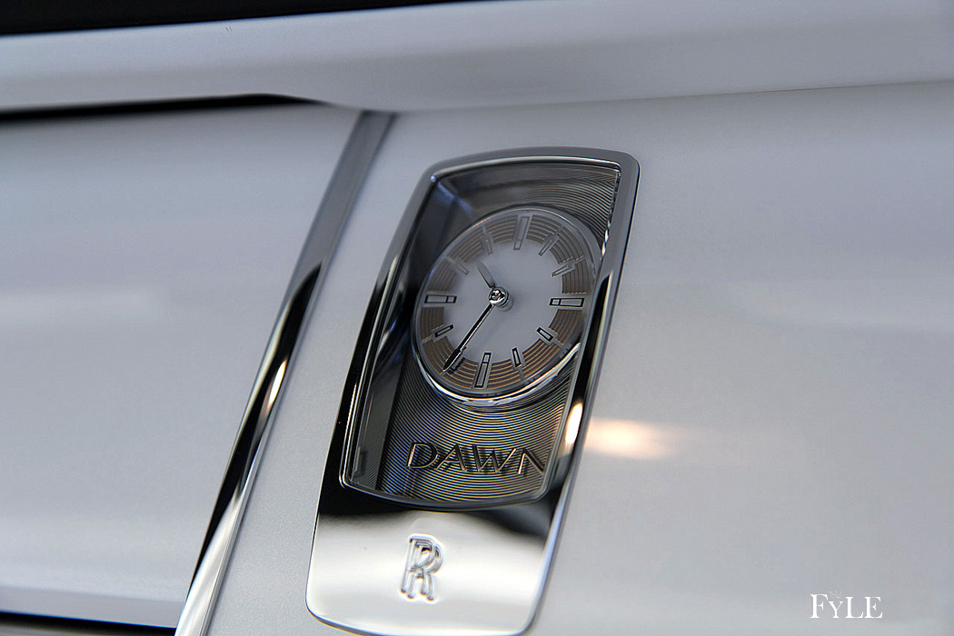 FYLE Rolls-Royce Dawn Analoguhr Sonderedition