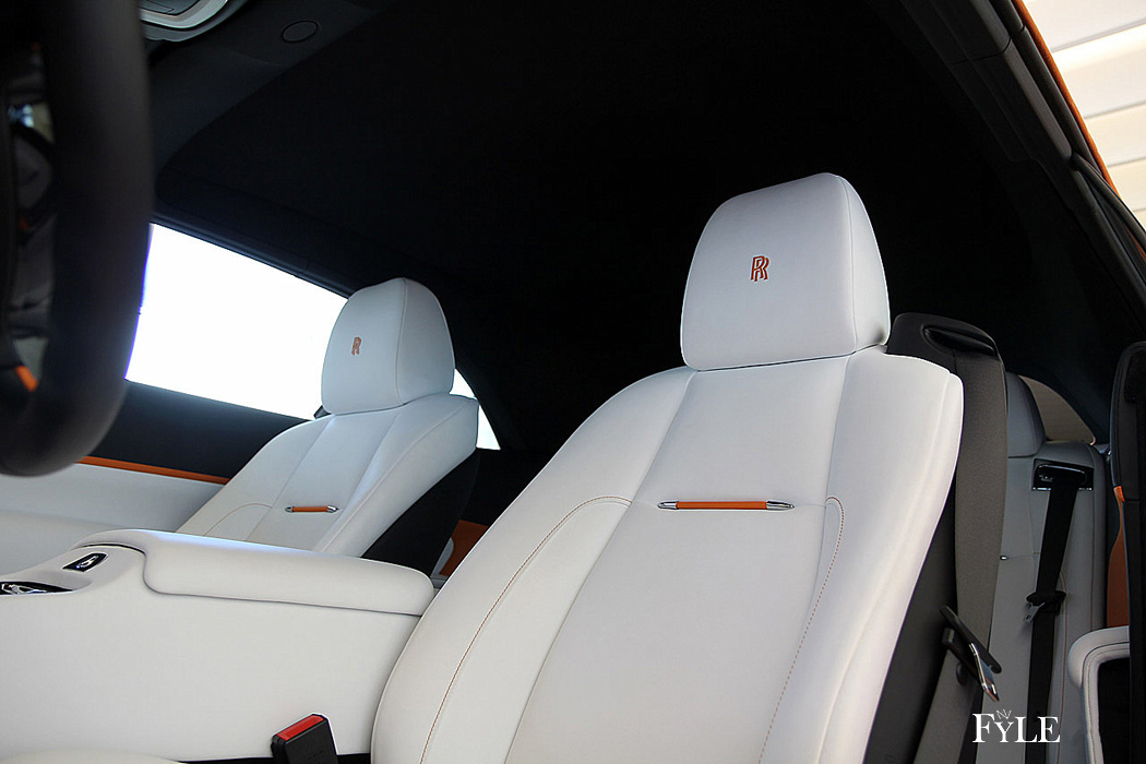 FYLE Rolls-Royce Dawn Interieur
