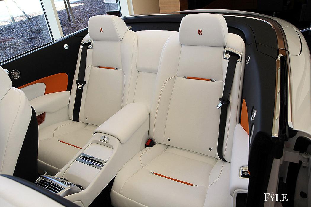 FYLE Rolls-Royce Dawn Plätze zweite Reihe
