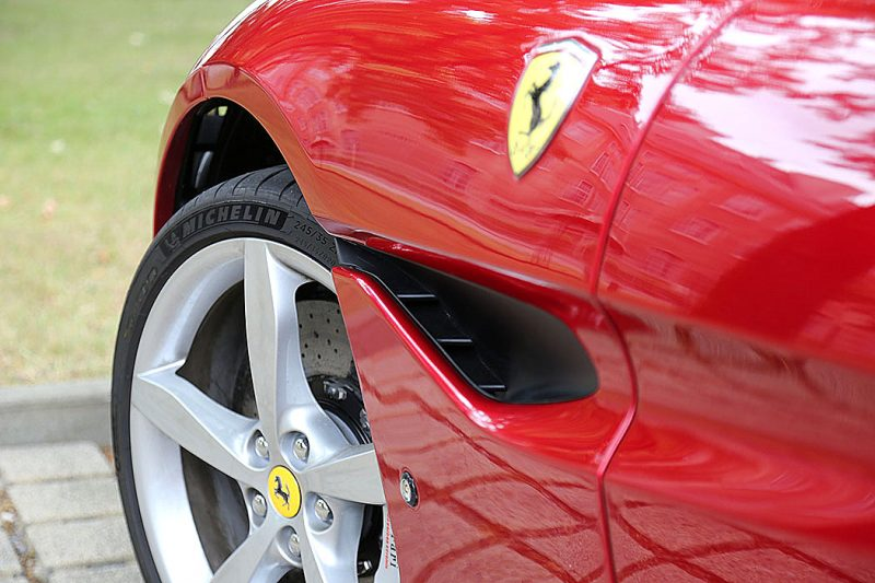 Ferrari Portofino Flap links
