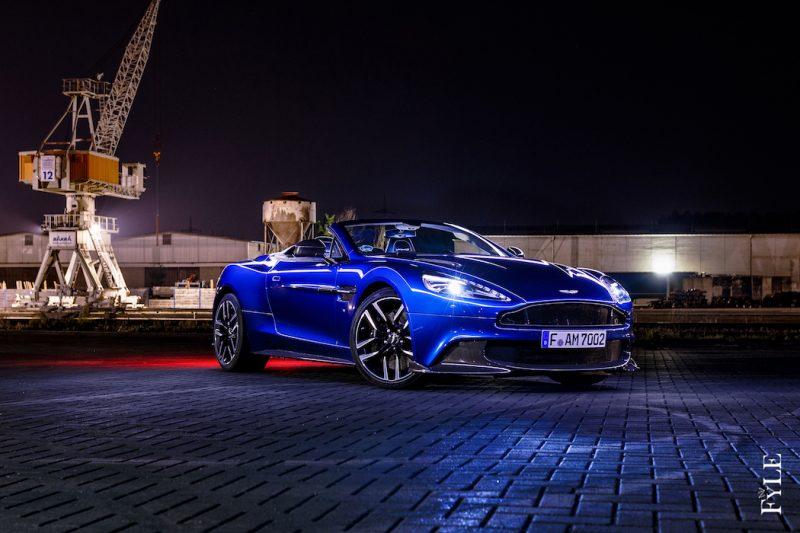 Aston martin Vanquish S Volante Front
