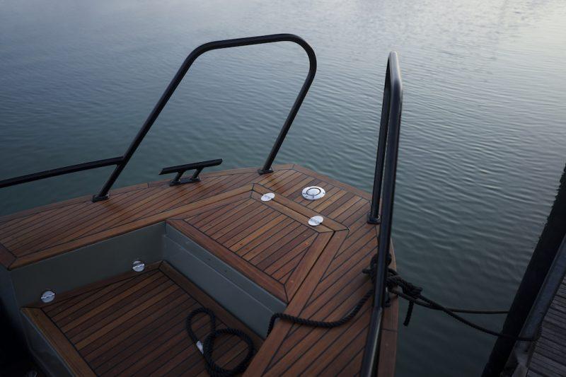 X Shore Deck