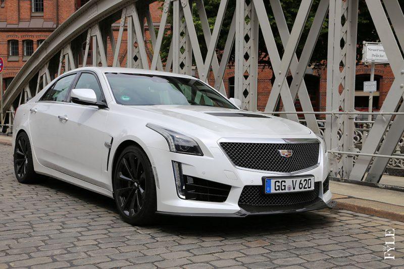 Cadillac CTS-V Front