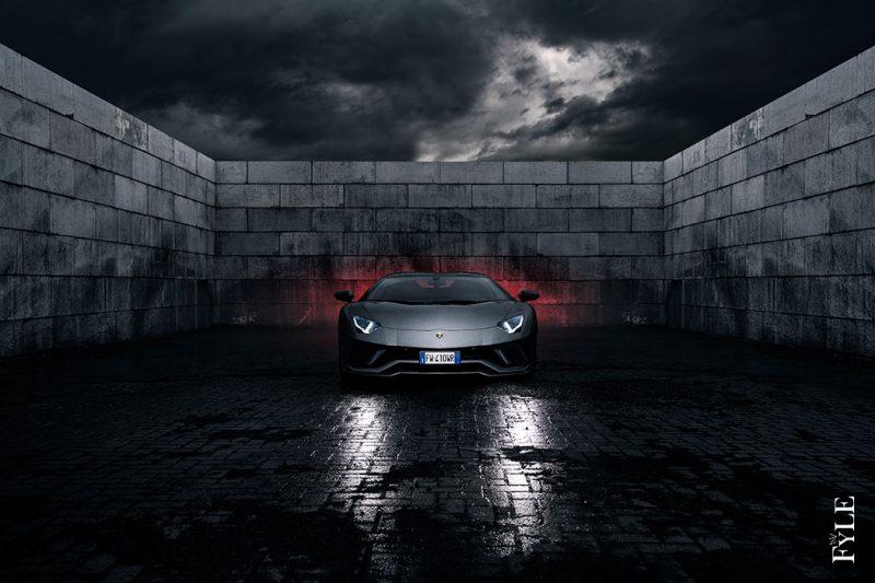 Lamborghini Aventador S Roadster Front