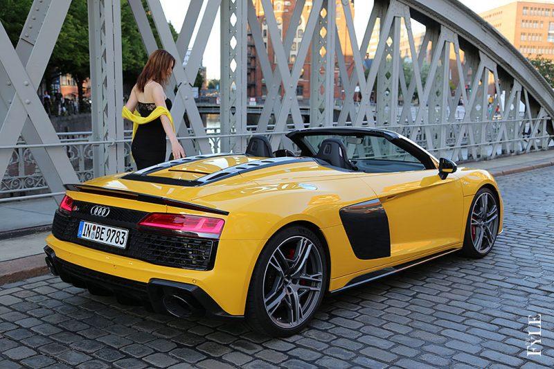 Audi R8 Spyder V10 performance daylight