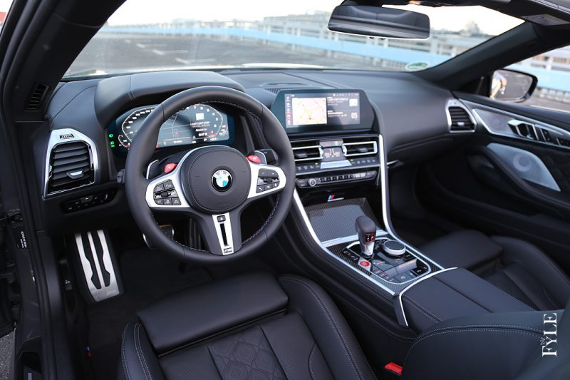 BMW M8 Competition Cabrio Interieur