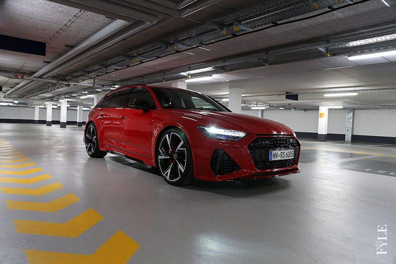 Audi RS 6 Avant Kunstlicht