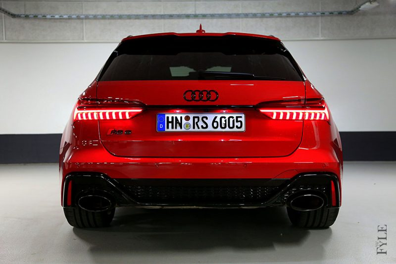 Audi RS 6 Avant Heck