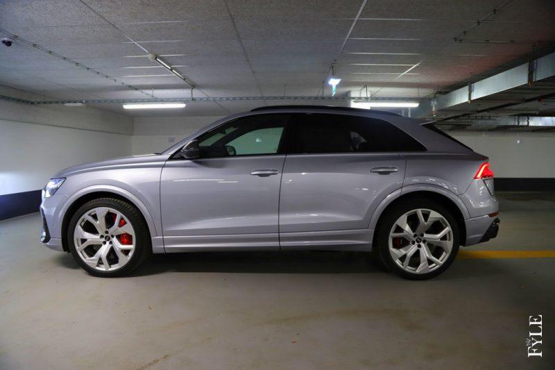 Audi RS Q8 Seite